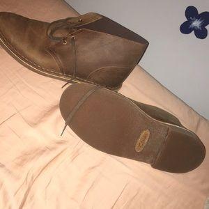 Men's Clark's dress shoes lace up